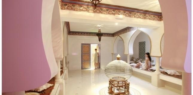 hammam pacha paris purifier sa peau en la pr parant aux soins. Black Bedroom Furniture Sets. Home Design Ideas